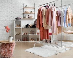 安い服で素敵になりたい人は、〇〇に投資をしてみてください。