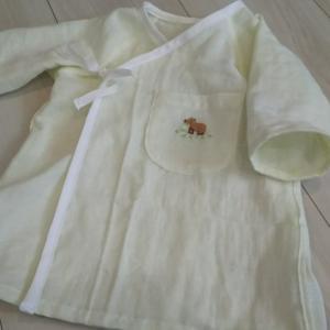 可愛いカピバラ刺繍のベビー服