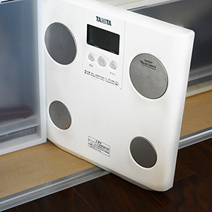 体重計は家族のもの?洗面所には置きたくない。