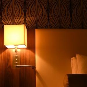 【埼玉県】知人女性をホテルに連れ込み強制わいせつ。薬局を経営する男(74)逮捕