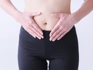 生理前の下腹部の張りの原因と治す方法