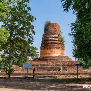 ワット・アランニック Wat Aranyik, Phitsanulok - 上部が壊れた仏塔がある寺院