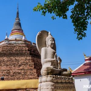 ワット・ラチャブーラナ Wat Ratchaburana, Phitsanulok - 築600年以上の仏塔が有名な寺院