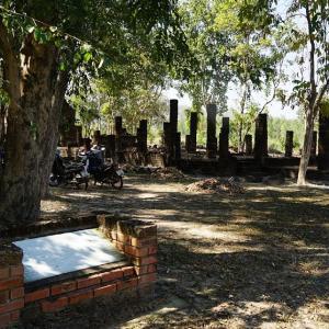 Wat Luk Khrok / Sukhothai