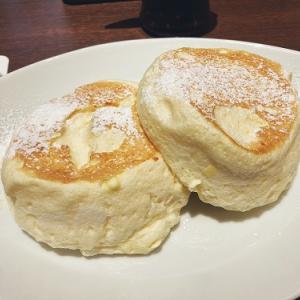 イオンモール日の出にオープンした「むさしの森珈琲」でふわっとろパンケーキを食べてきた。