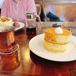暑気払いと常日頃の妻への労いを兼ねて、青梅の「星乃珈琲店」でお茶してきました。