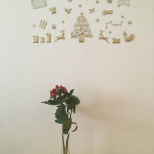 今年も100円ショップでクリスマスの飾り&カレンダーを購入