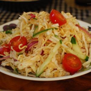 アメリカで大流行「日本の変なサラダ」が、超~美味しかった件。