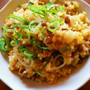 納豆と食べるラー油の炒飯