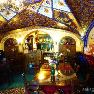 イランのオシャレカフェと、イラン人の不満