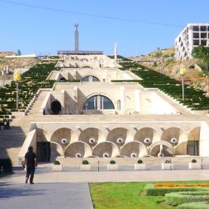 アルメニアで未承認国家のビザを取りにいく