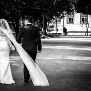 娘の結婚式が延期ではなく中止か、どうして中共コロナウイルスがここまで人の人生を狂わすの