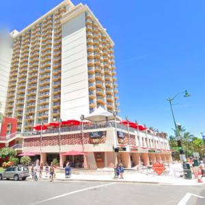 ハワイの道を行く その16 ワイキキビーチ・マリオット・リゾート、アランチーノ、アストン・ワイキキ・ビーチ・ホテル、WOLFGANG PUCK Express