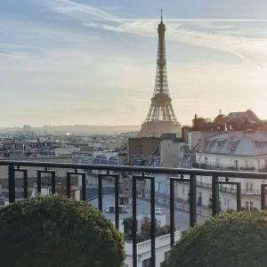 フランスに留学してる娘と連絡が取れないのです。
