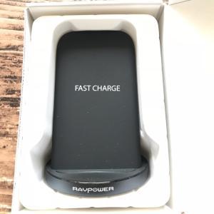 RAVPowerのワイヤレス充電器をiPhoneXで!  Qi 急速充電 置くだけで楽チン♪