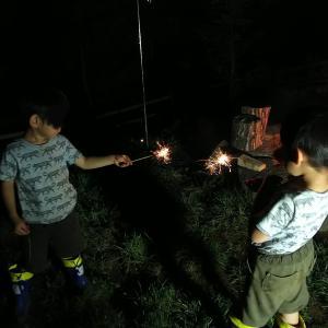 花火からの火遊び