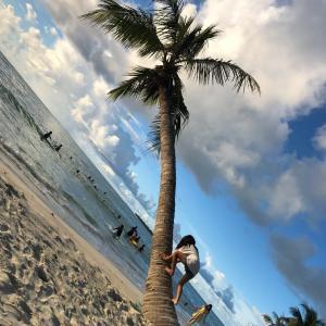 サイパンのビーチのさらさらの白い砂を恨む