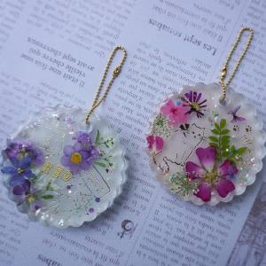 【レジン/Resin】押し花とレジンで作るバッグチャームの作り方 ♡