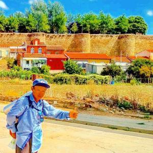 俳句・サンティアゴ巡礼「銀の道」及び「フランス人の道」(Los Haikus del Camino de Santiago de la Plata y Francés)2019: 巡礼30日目(el 30º. día)「サンティアゴ・デ・コンポステーラへ向かうフランス人の道アストルガに到着!」(¡Llegué a Astorga, el Camino Francés a Santiago de Compostela!)