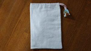 腹帯リメイクで巾着袋。赤ちゃん用品入れに使います。