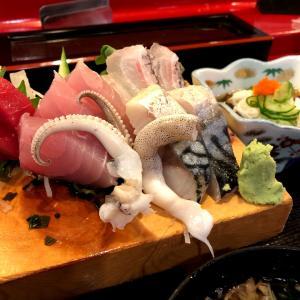宜野湾市で刺身盛り定食♪
