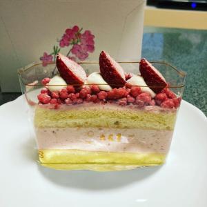 六花亭、季節のケーキ