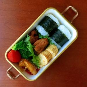 10月9日 ガンバレ唐揚げ弁当 / チョコレート味のマドレーヌ
