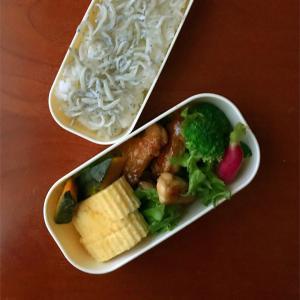 10月15日 鶏のテリヤキ弁当とテリヤキチキンバーガー