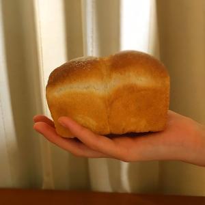 手のひらサイズの食パンを焼いてサンドウィッチ弁当