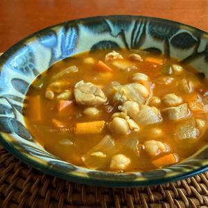 秋にうれしいひよこ豆のはいったスープ
