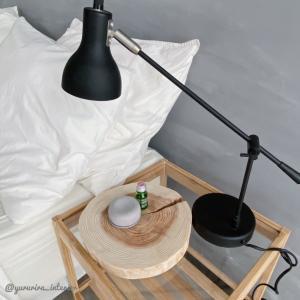安眠に…ベッドサイドに無印良品のアロマストーンとオイル