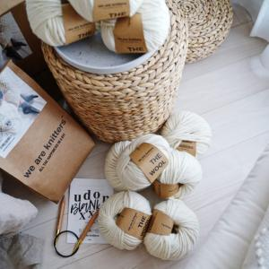 海外の編み物キット【We Are Knitters】でチャンキーブランケットを