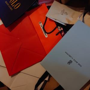 【ルクルーゼ】大好きなルクルーゼの紙袋に○○が!