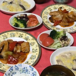 EMU's キッチン♡ 酢豚と白菜のクリーム煮
