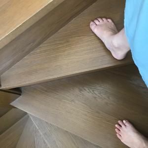 【卒母後の運動時間】美脚もくろむ階段エクササイズで筋肉痛^^;