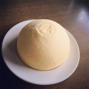 新宿でドーム型チーズケーキを発見!【札幌ラ・ネージュ】