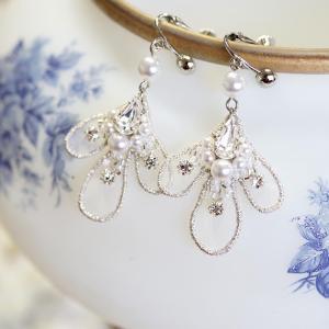 オーガンジー刺繍のイヤリング~アルジョン~