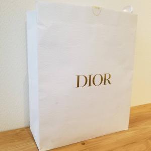 初めて購入した限定Diorのバッグ٩(๑>◡<๑)۶と、ブランド見ると担当さんを思い出す。