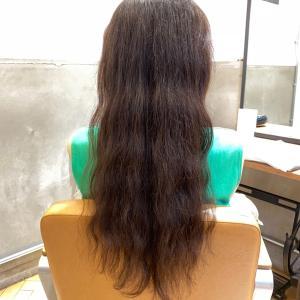 ヘアドネーションに向けて縮毛矯正を。