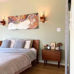 壁を手頃な値段でかっこよく飾るアメリカンスイッチ。楽しいけれど動線注意