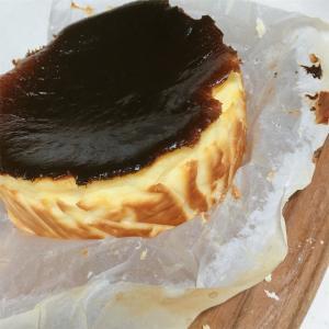 最近流行りのバスチーを焼いてみた☆【バスクチーズケーキ】簡単レシピ☆