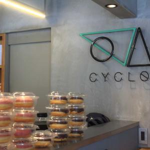 ドーナツを食べにCYCLOへ