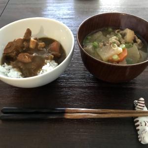 和食ブーム ー 豚汁とカレーライス