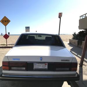 カリフォルニアのヴィンテージカーのライセンスプレート