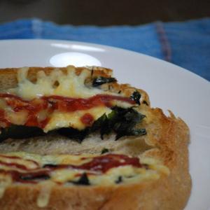 刻み海苔チーズトースト