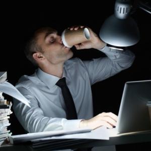 マンション管理会社は休日出勤、時間外労働多し?
