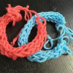 インコ・小鳥のケージ用品洗いに指編みタワシが超便利