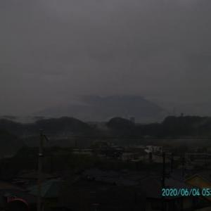 2020年06月04日、朝の桜島