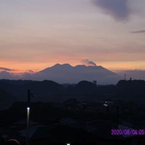 2020年08月04日、朝の桜島