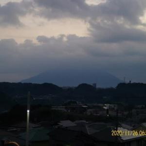 2020年11月26日、朝の桜島